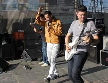 Max Souza guitarrista